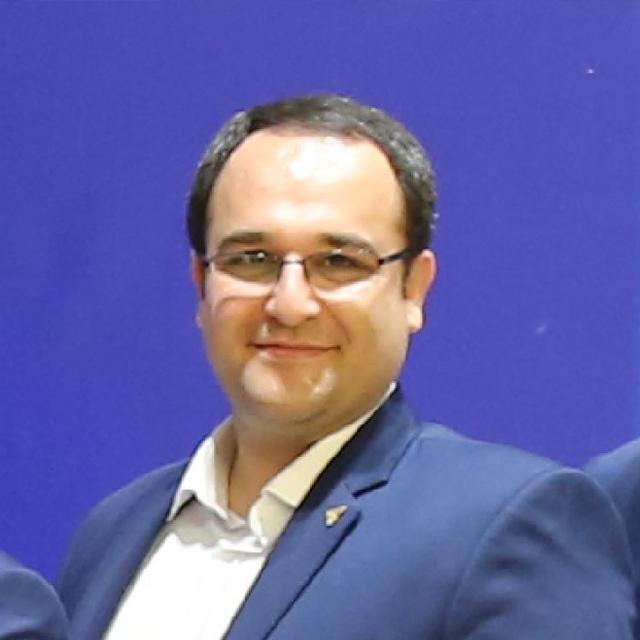 سلمان داوودی - مدیر شبکه نمایندگان
